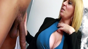 Blonde Busty Sara experience fingering
