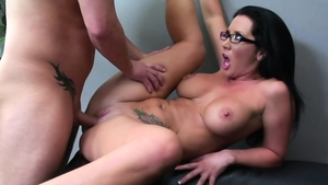 Big boobs brunette raw cumshot