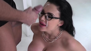 Big ass brunette has a taste for pussy sex in glasses