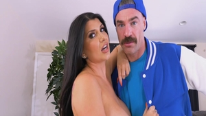 Gorgeous Romi Rain gets a buzz out of plowing hard