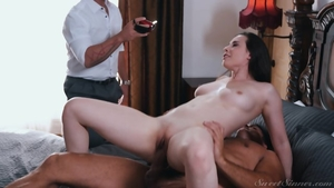 Large tits stepmom Casey Calvert gets a buzz out of good fuck