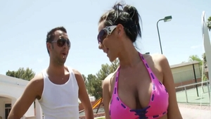 Keiran Lee having fun with busty MILF Jayden Jaymes outdoors