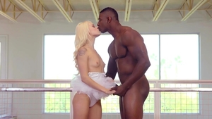 Hairy and petite Elsa Jean interracial bang