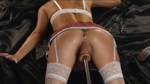 Squirts in company with amateur