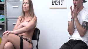Pounding porno together with hairy hard Britney Amber