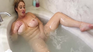 Big tits Eva Notty wishes for the best sex