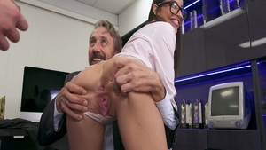 Passionate brunette Emily Willis has a taste for cumshot in HD