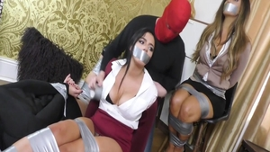Very hawt chick fetish threesome in office