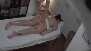 Sloppy fucking in the company of amazing czech babe