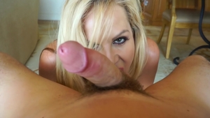 Big tits blonde haired POV got nailed on vacation