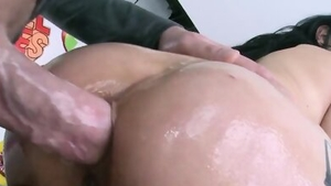 Wet brunette rough cumshot