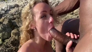 Big ass blonde babe interracial pounding