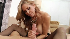 Pussy sex together with Julia Ann amongst Mark Wood