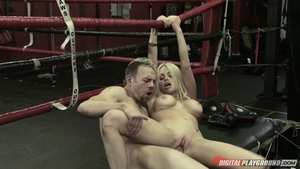 Huge boobs blonde babe Jesse Jane cumshot