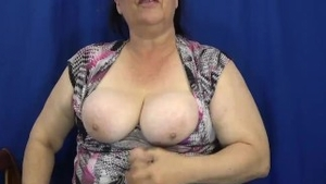 Chubby female POV roleplay instruction in HD