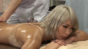 Big ass asian babe really likes the best sex HD