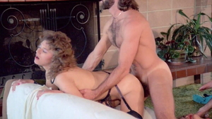 Hairy american Lili Marlene goes in for threesome HD