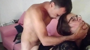 Hard nailining in the company of amateur