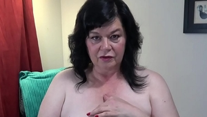 Loud sex accompanied by large boobs cougar
