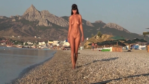 Solo nude nailed hard in public
