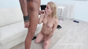 Blonde hair gets a buzz out of hard slamming in HD