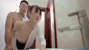 Raw asian pussy eating in toilet