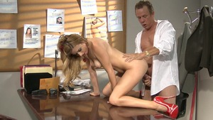 Hard good fucking among perfect stepmom Lexi Belle in office