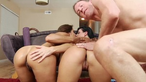 Natural Hindi pornstar India Summer nailed by Mark Wood